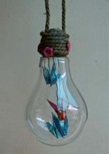 Origami Light Bulb Decoration. 28,000 VND
