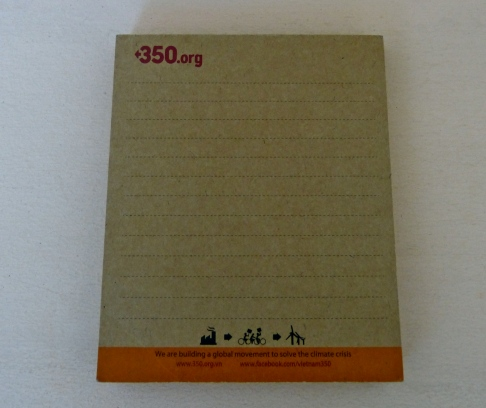 350 Notepad. 29,000 VND (made from recycled paper)